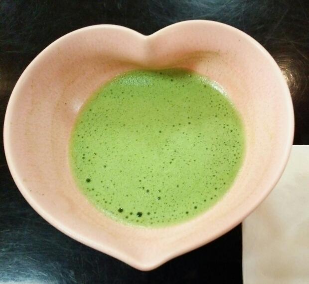 ハートの茶碗2