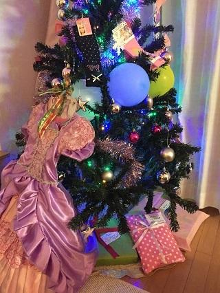 プレゼントとツリー