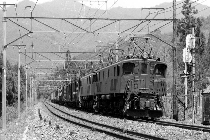 このころの機関車が大好きだ!