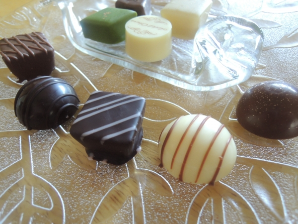 ホテルオークラのチョコレート詰め合わせ 201602 (1)