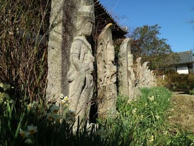 三十三所観音石像