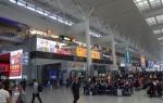 0418上海虹橋駅の中