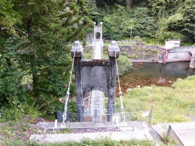 丸畑渓谷の吊橋