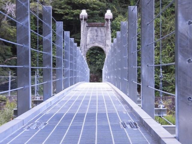 丸畑渓谷の吊橋 (4)