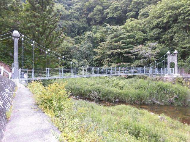丸畑渓谷の吊橋 (5)