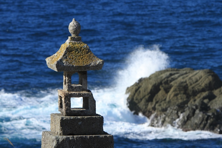春日崎石灯籠