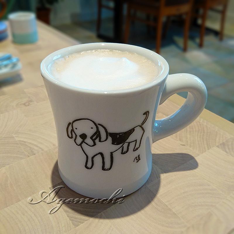 セットのカフェラテ