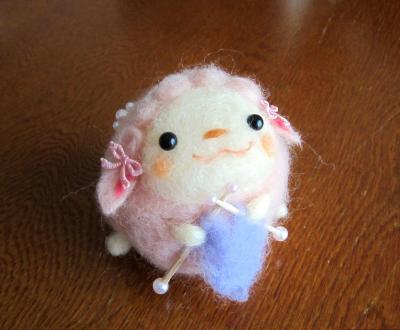 ひつじのもこたん 編み物