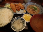 大門 太平山酒蔵 芝大門店 カキフライ定食+煮込み半分(2017/1/27)