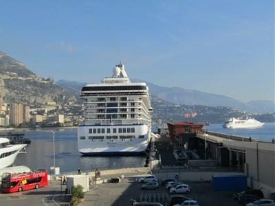 s-モナコに寄港
