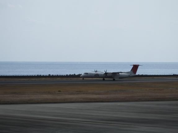 ボンバルディア-プロペラ機