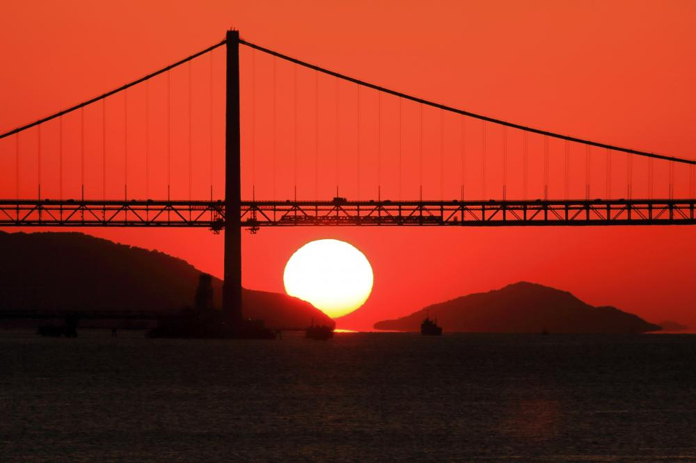 併用橋と夕陽