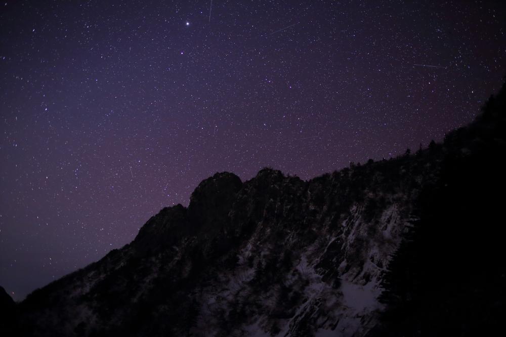 星降る神の山
