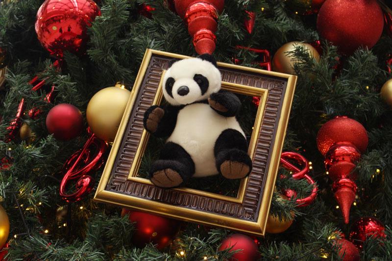 上野駅のツリーのパンダ
