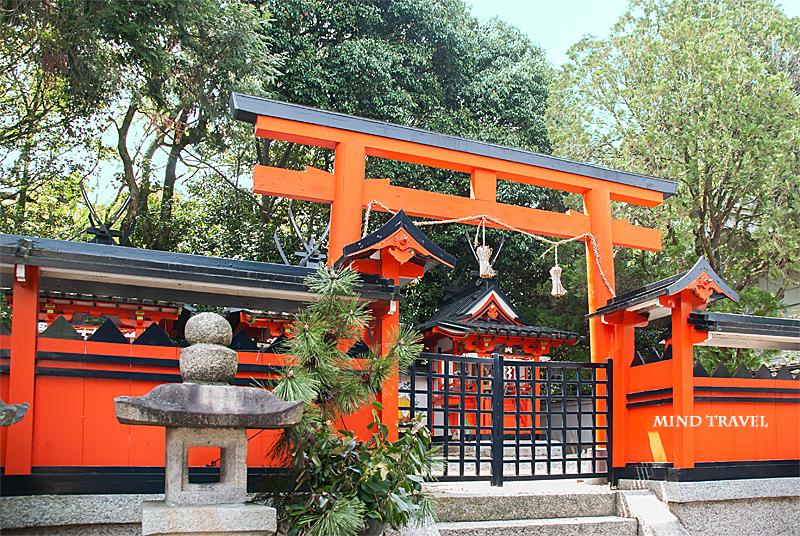 奈良豆比古神社 鳥居