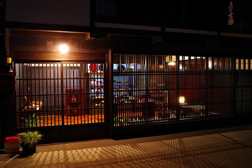 木曽平沢・格子が美しい家屋