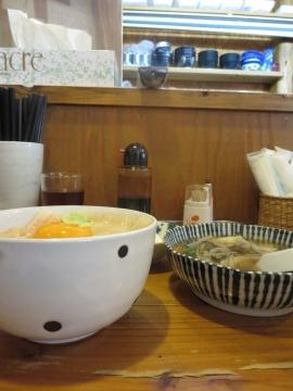 平目漬丼 せんべい汁セットにすると 1350円
