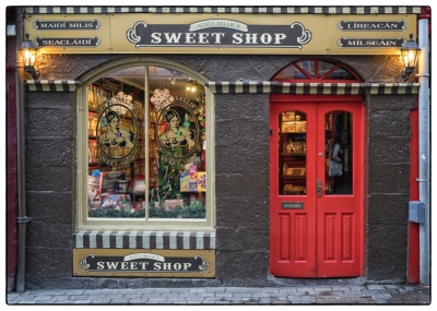 Galway shops20161226-001
