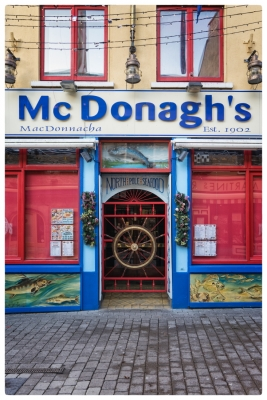 Galway shops20161226-005
