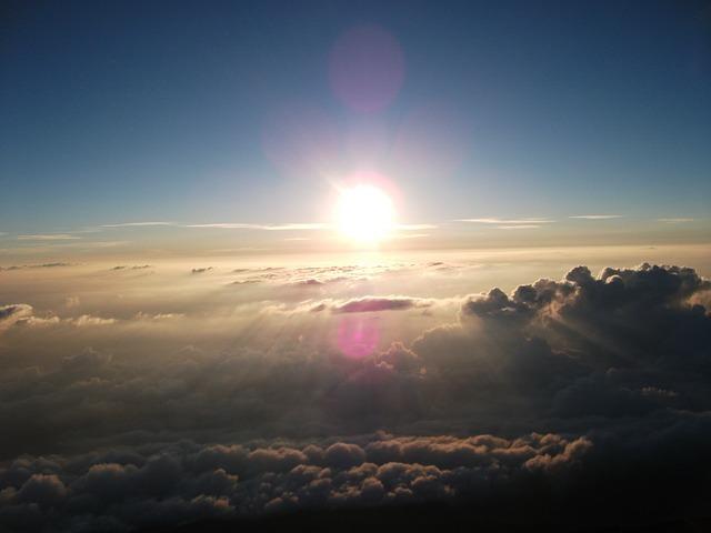 sunrise-1028854_640.jpg