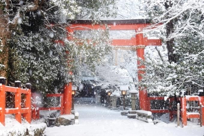 大田神社と雪