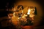 飲み物-キャンドルとワイングラス