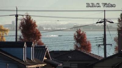 窓から見た琵琶湖(12月8日8時頃)