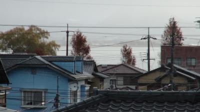 窓から見た琵琶湖(12月16日8時頃)