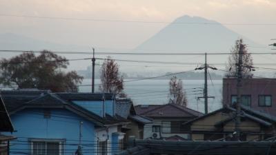 窓から見た琵琶湖(12月22日8時頃)
