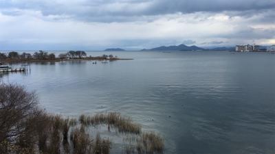 琵琶湖大橋西詰めから眺めた北湖(12月23日12時頃)