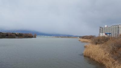 矢橋人工島水路から眺めた比叡山