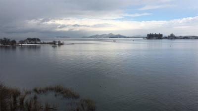 琵琶湖大橋から眺めた北湖(1月25日13時頃)