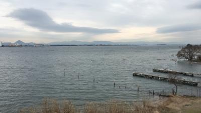 琵琶湖大橋西詰めから眺めた南湖(2月1日12時頃)