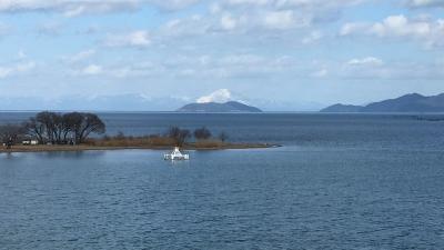 琵琶湖大橋西詰めから眺めた北湖(2月3日13時30分頃)