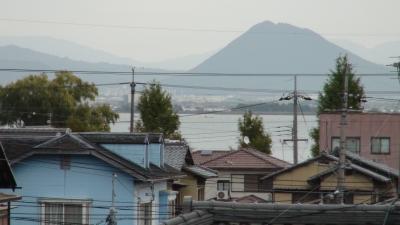 窓から見た琵琶湖(11月10日8時頃)