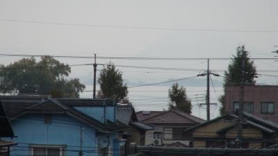 窓から見た琵琶湖(11月21日8時頃)