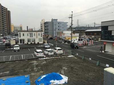 今朝のJR堅田駅付近。雪はだいたい解けました(1月19日8時頃)