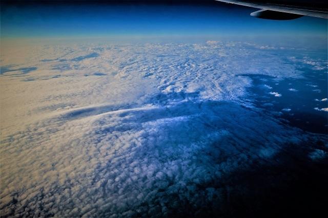 高高度飛行中の風景(2)