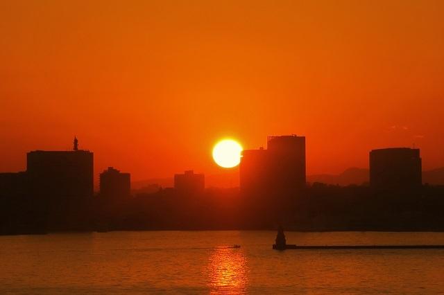 2017大黒大橋から見た日没の風景(2)