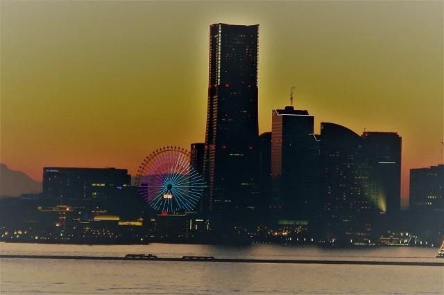 2017大黒大橋から見た横浜港の夕景(2)