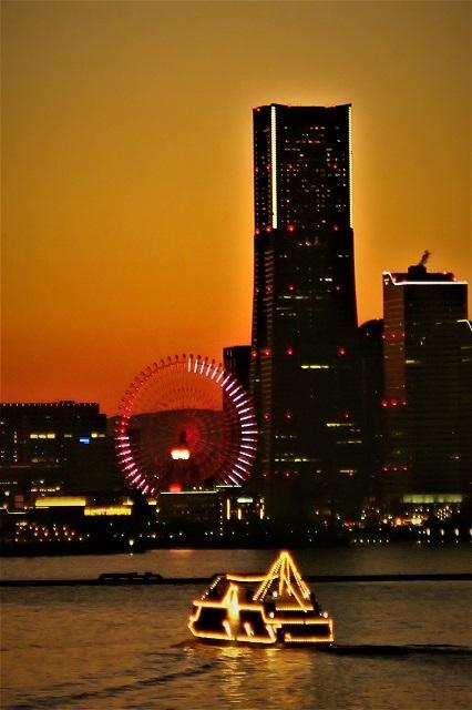 2017大黒大橋から見た横浜港の夕景(4)