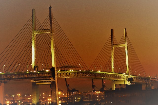2017大黒大橋から見た横浜ベイブリッジの夕景