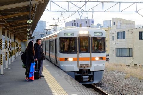 01松田駅