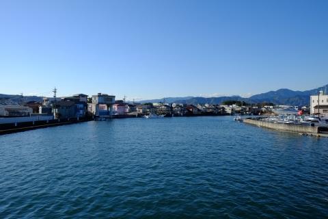 34清水漁港へ流入する川