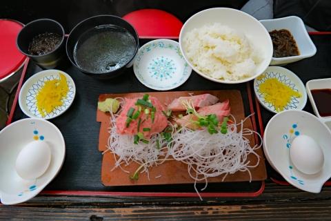 07ゆうき食堂トキちゃん刺身2点盛り