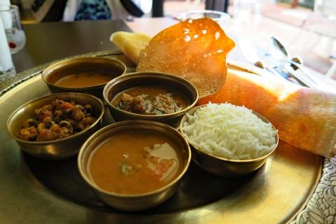 12ロイヤルパラソル南インド料理ドーサ(インド風クレープ)