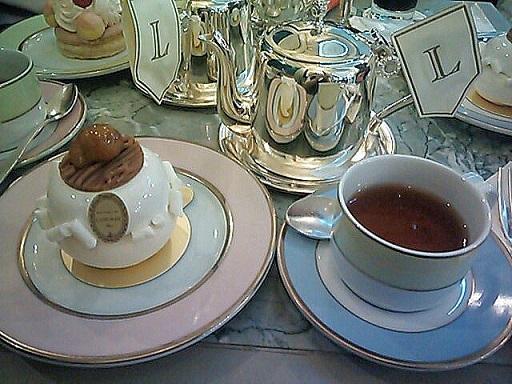 ラデュレ 紅茶&ケーキ