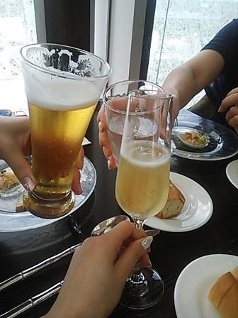 ロイクラトン 乾杯