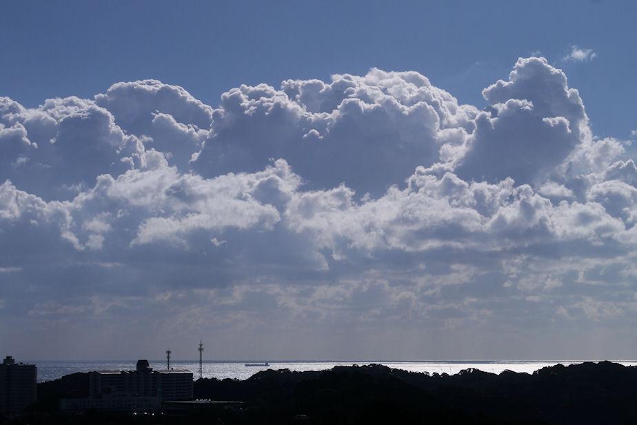 冬の積乱雲