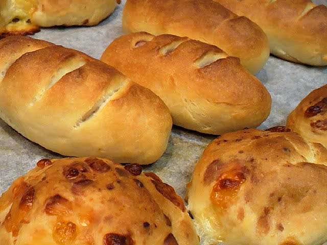 ソーセージ&チーズパン